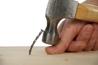 hammer-thumb-ouch.jpg